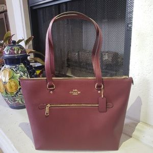 Coach Gallery Tote - Wine Color